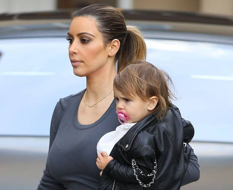 KIM KARDASHIAN STOPS BY EPIONE FOR LASER TREATMENT WITH SISTER KOURTNEY