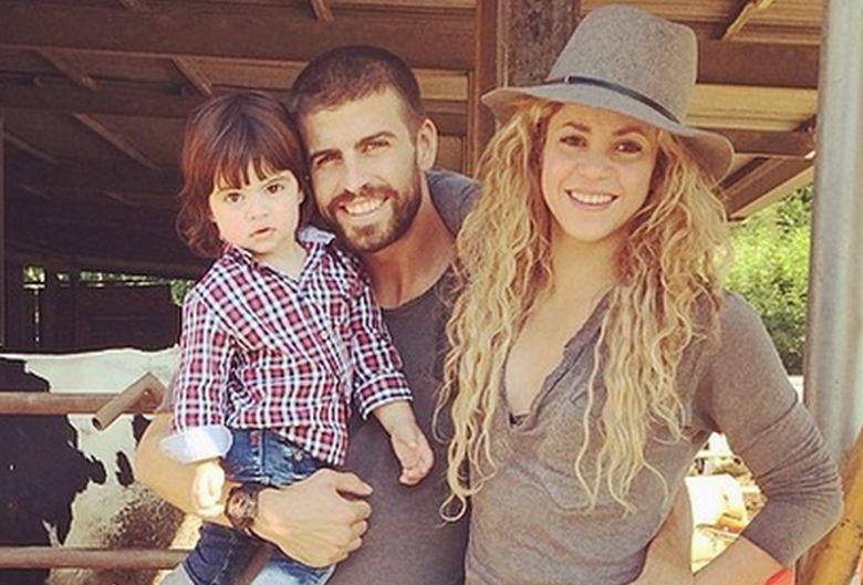 Zdjęcie (7) Shakira pokazała zdjęcie swoich ślicznych synów! Chłopcy są niewiarygodnie podobni do mamy!