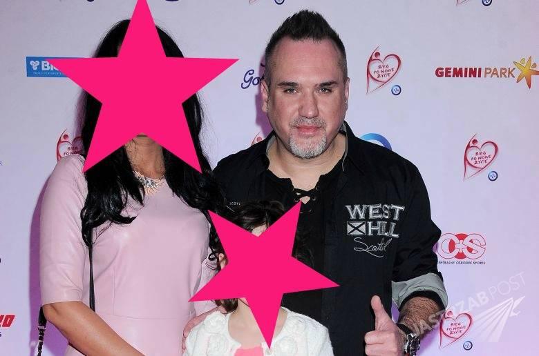 Szymon Wydra z żoną i córką