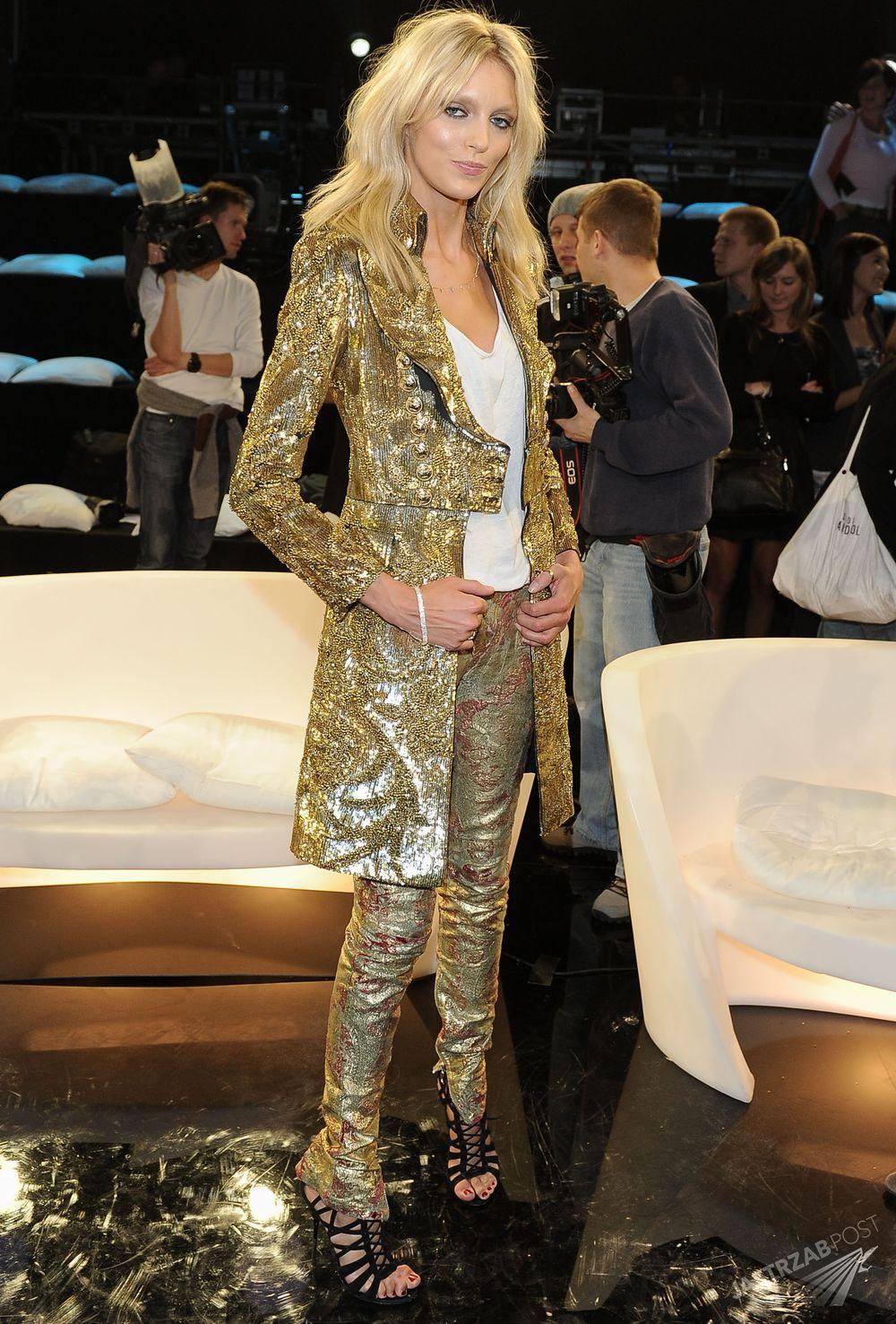 Finał Top Model 2010, Anja Rubik w kreacji domu mody Balmain Fot. ons
