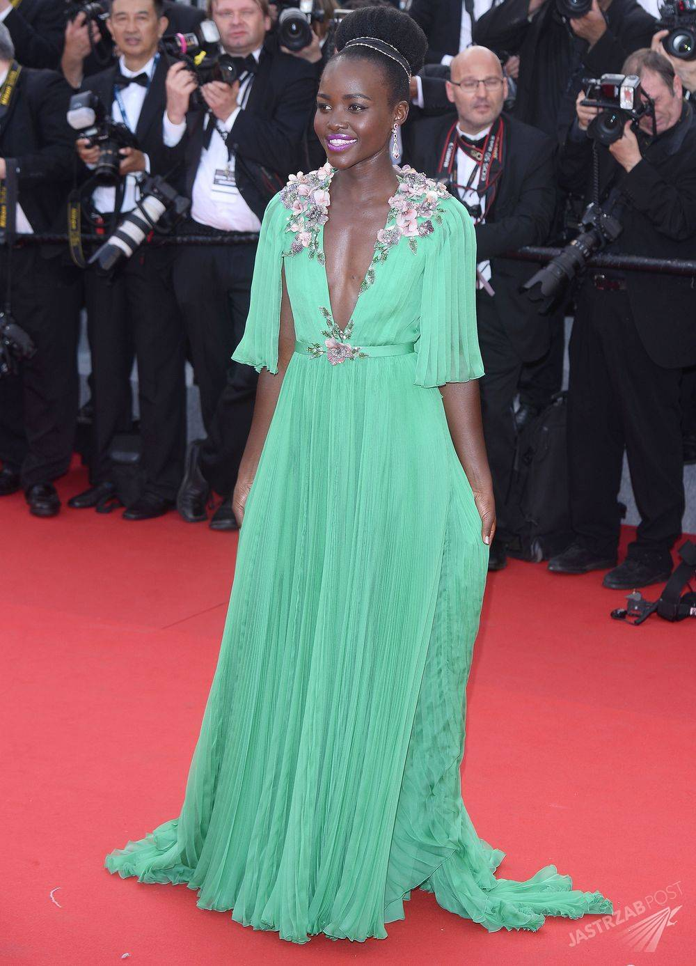 Lupita Nyongo w kreacji Gucci, Cannes 2015 Fot. ons