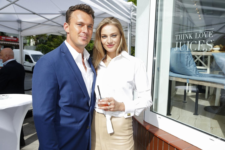 Anna Jagodzińska i Juris Kupris na otwarciu restauracji Think Love Juices, fot. Akpa