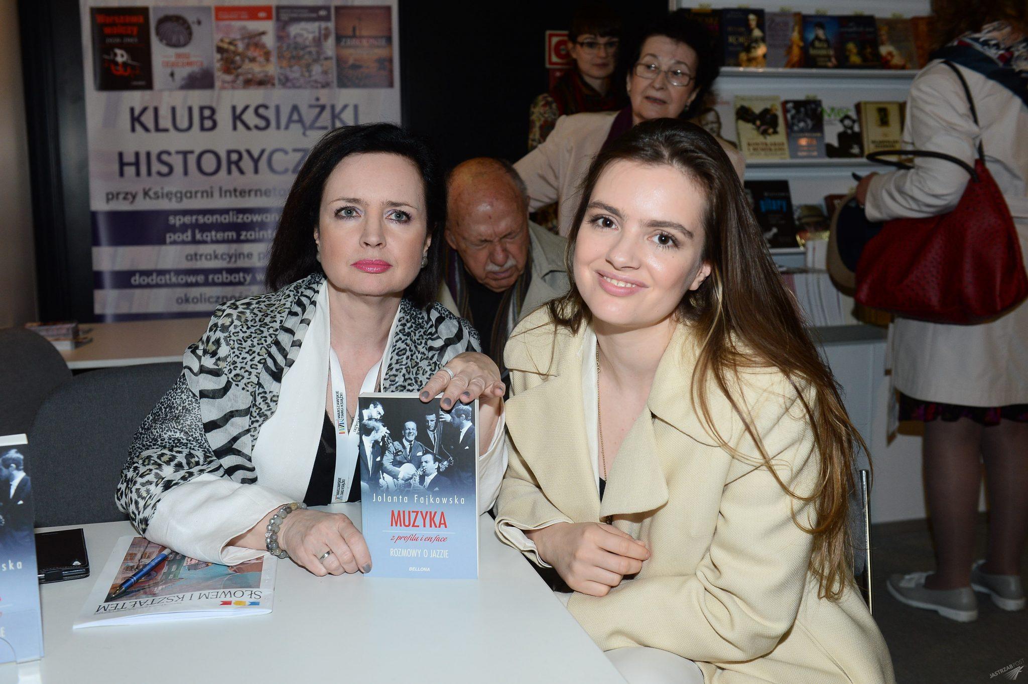 Jolanta Fajkowska i Maria Niklińska na 6. Warszawskich Targach Książki 2015
