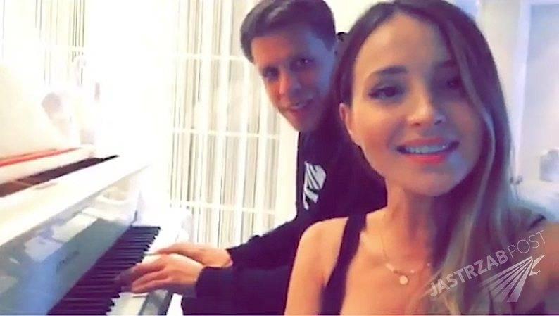 Marina Łuczenko śpiewa z Wojciechem Szczęsnym na Instagramie