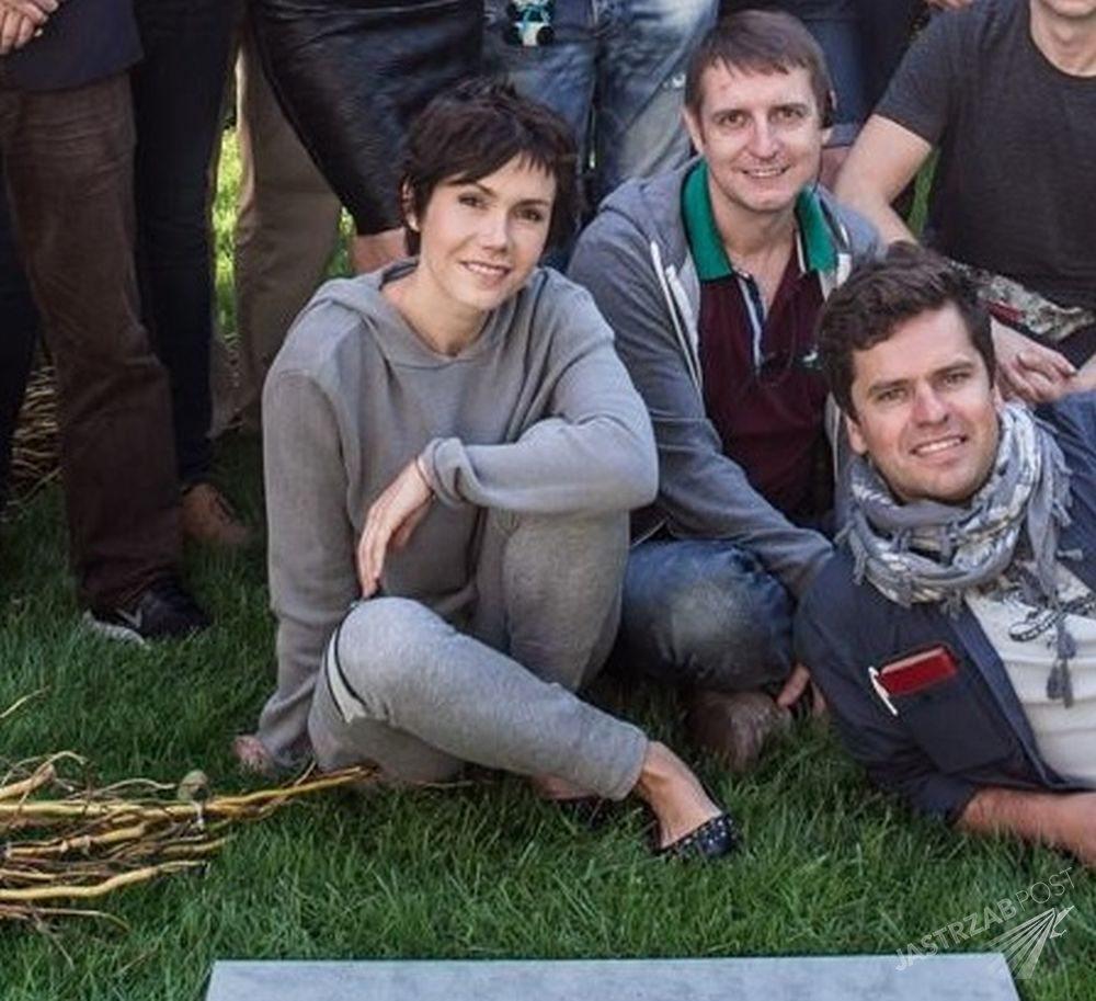 """Olga Bołądź na planie filmu """"Kochaj"""""""