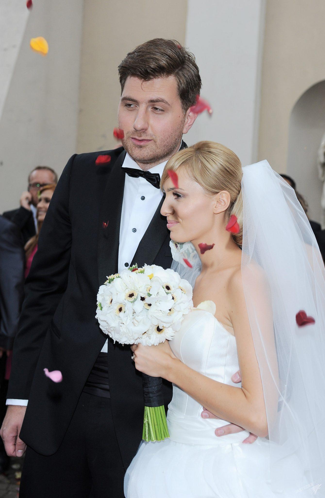77397f8e8d Pierwszy ślub Agnieszki Popielewicz odbył się w 2011 roku w Białej Rawskiej
