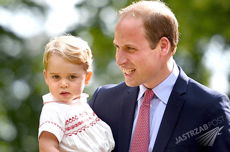 Oficjalne zdjęcie z 2 urodzin księcia George'a Jerzego
