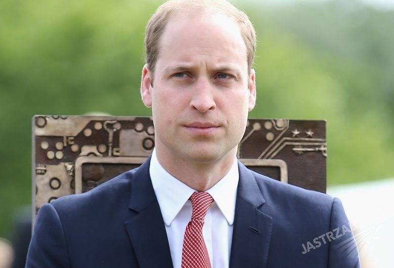 Książę William na pokładzie tanich linii lotniczych, fot. ONS