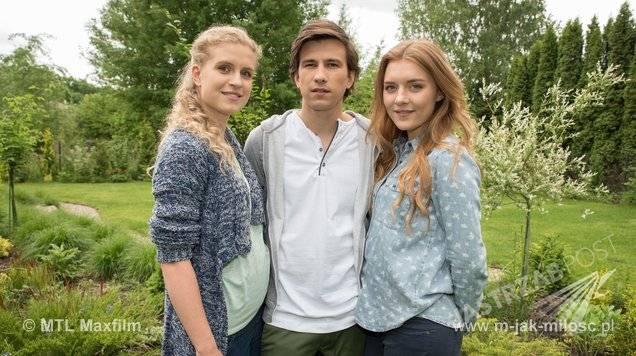 M jak miłość, Natalka (Marcjanna Lelek), Franek (Piotr Nerlewski), Ula (Iga Krefft)