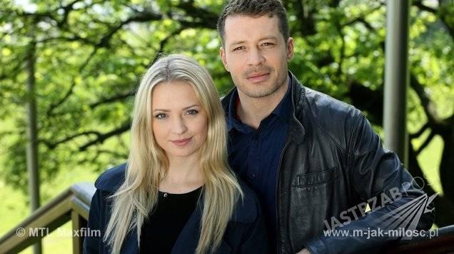 M jak miłość, Tomek (Andrzej Młynarczyk), Joanna (Barbara Kurdej-Szatan), fot: mjakmiliosc.tvp.pl