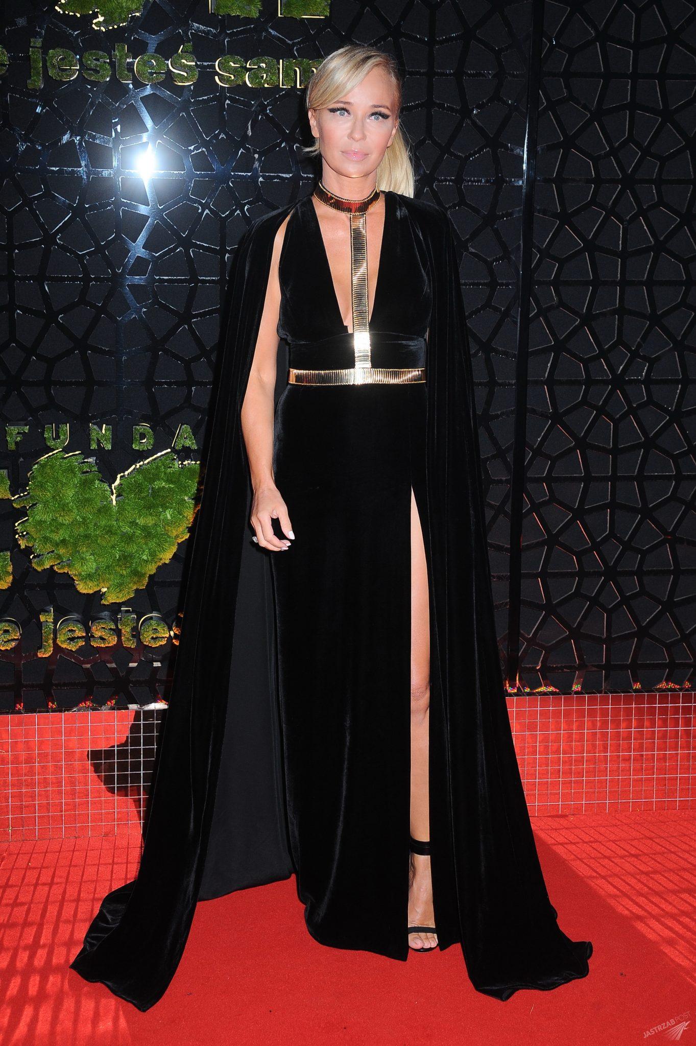 Joanna Przetakiewicz na balu Fundacji TVN 2015