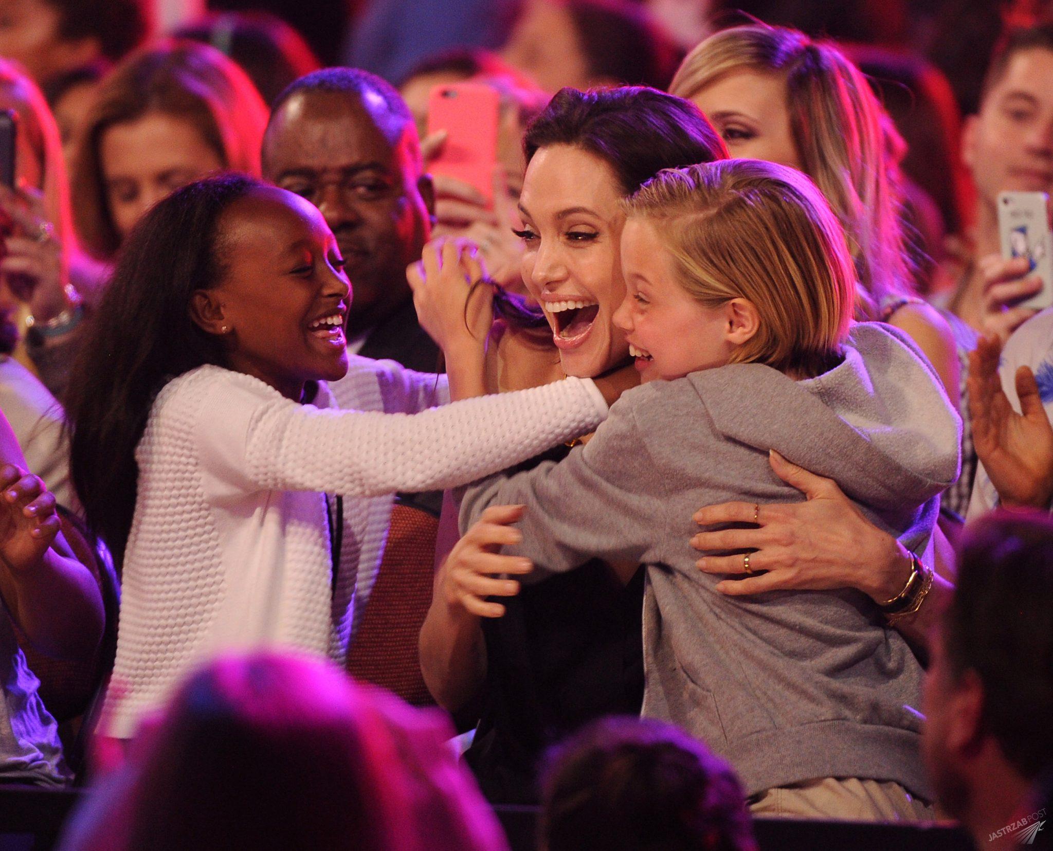 Angelina Jolie z Zaharą i Shiloh