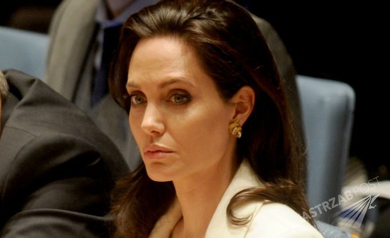 Angelina-jolie molestowana seksualnie