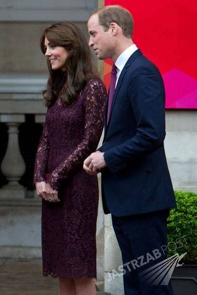 e19f68ce8b Księżna Kate w sukience koronki Dolce Gabbana (fot. Facebook.com Kate  Middleton – Duchess of Cambridge)