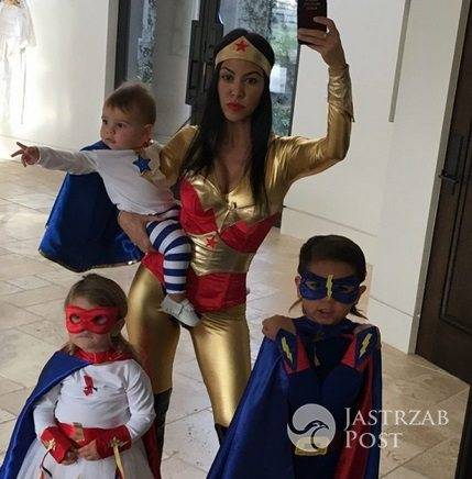 Kourtney Kardashian z dziećmi na Halloween 2015
