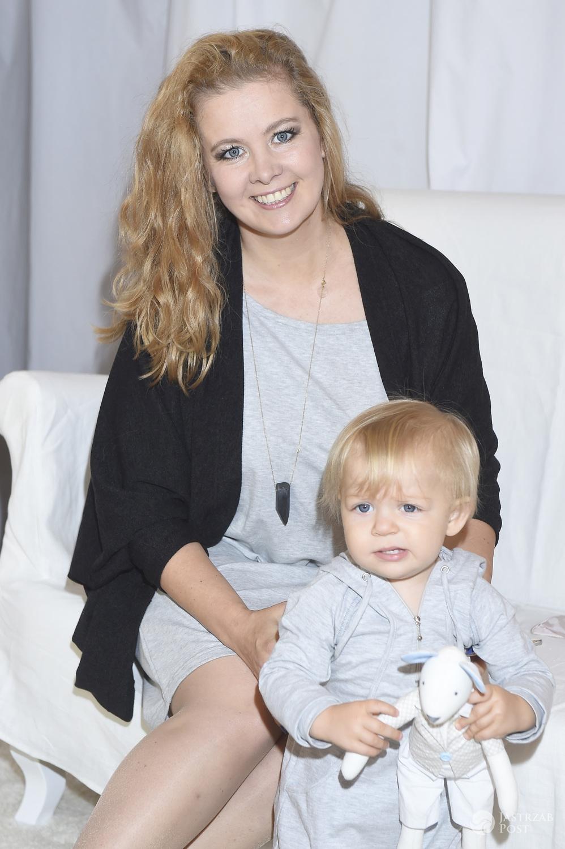 Anna Powierza z córką