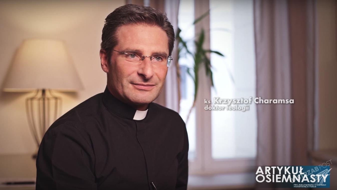 Ksiądz Krzysztof Charamsa jest gejem