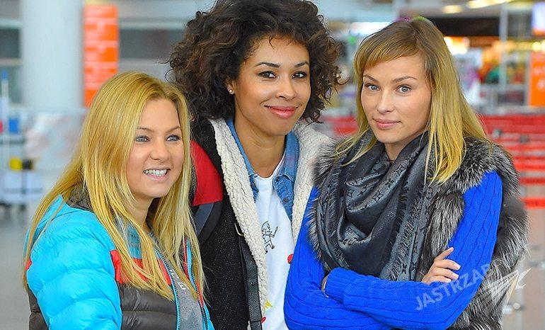 Omenaa Mensah, Kasia Bujakiewicz, Weronika Książkiewicz na lotnisku