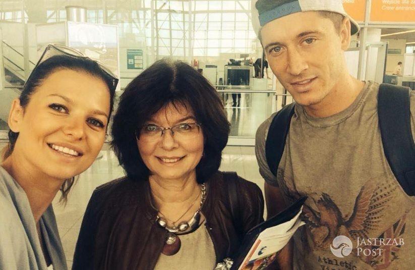 Anna Lewandowska i Robert Lewandowski składają życzenia mamie Anny z okazji urodzin. fot.Facebook.com