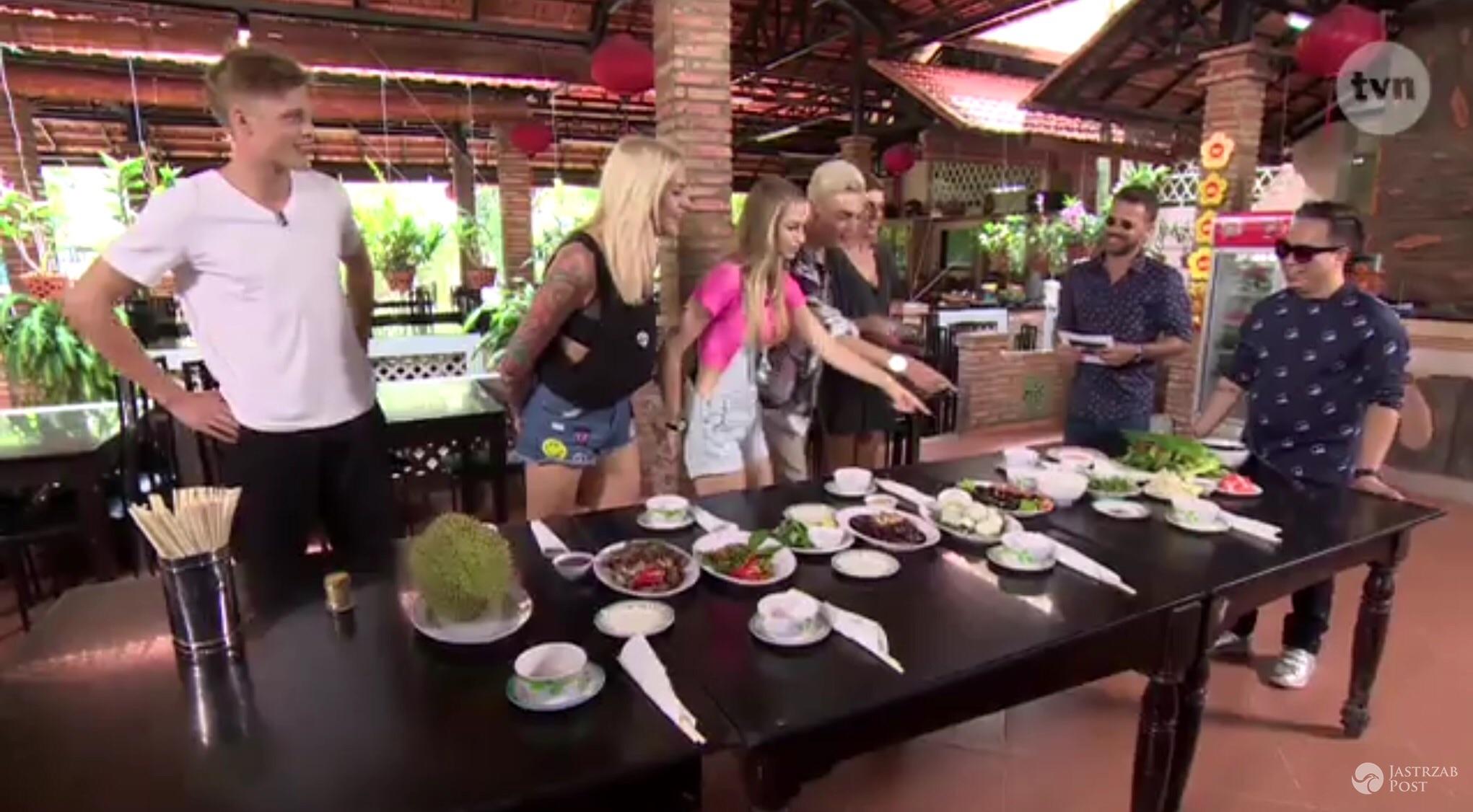 Uczestnicy Top Model 5 reklamują wietnamskie przysmaki (fot. TVN)