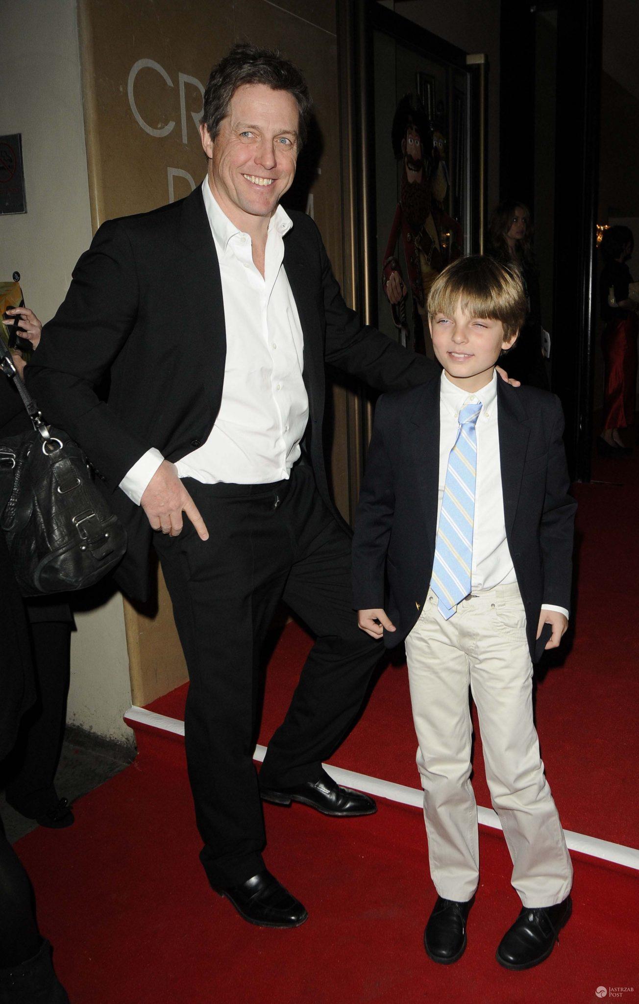 Hugh Grant z Damienem Hurley'em