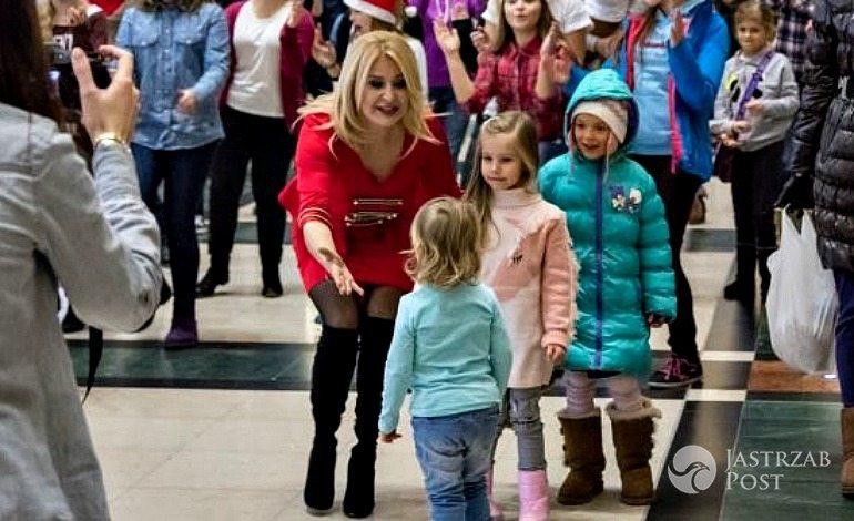 Flashmob Majki Jeżowskiej