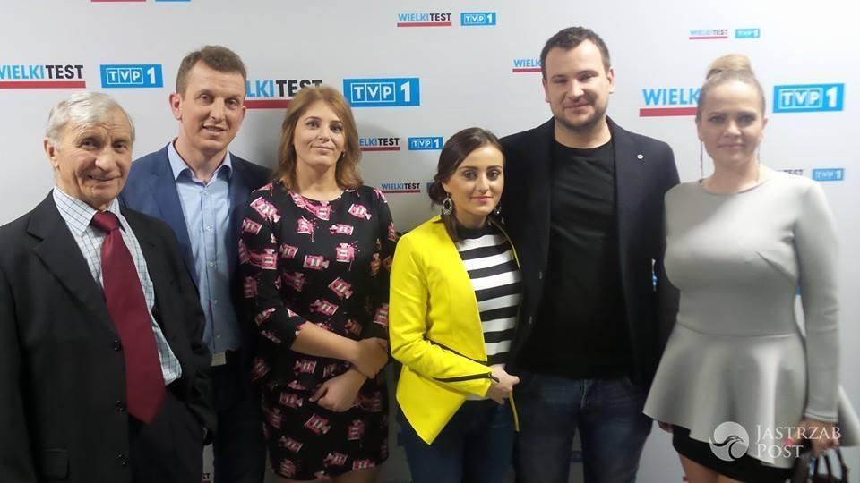 Uczestnicy programu Rolnik szuka żony na Wielkim Teście o żywności fot. Facebook.com