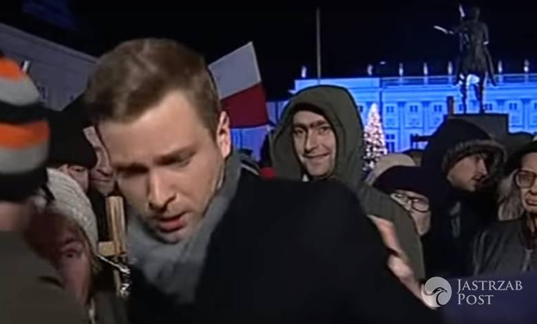 Dziennikarz TVP Info zaatakowany pod Pałacem Prezydenckim