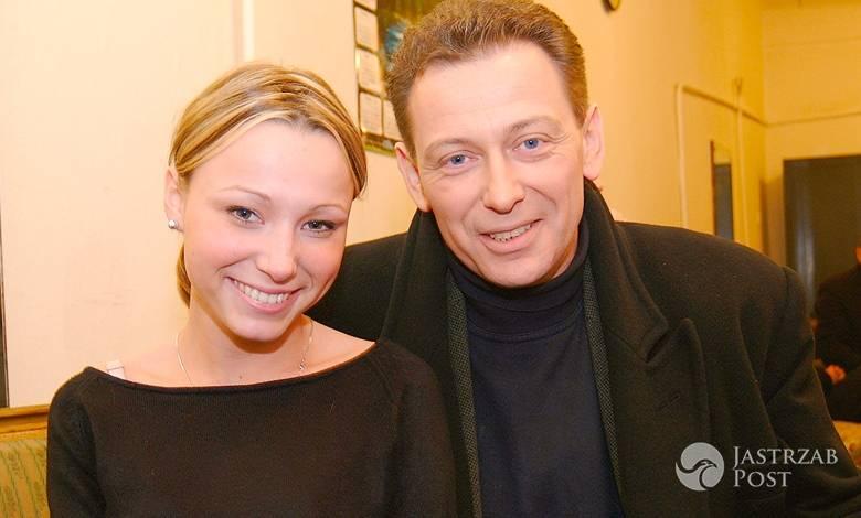 Karolina Borkowska wspiera ojca po smierci jego żony