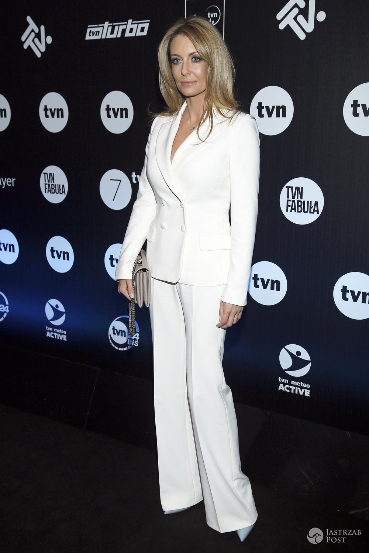 Małgorzata Rozenek w niebieskich szpilkach na wiosennej ramówce TVN 2016