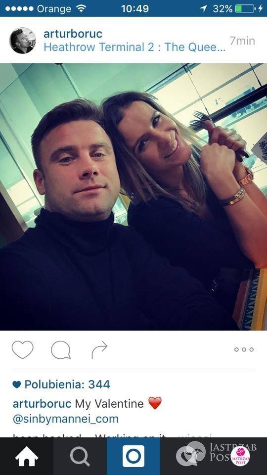 Artur Boruc z żoną Sarą na lotnisku