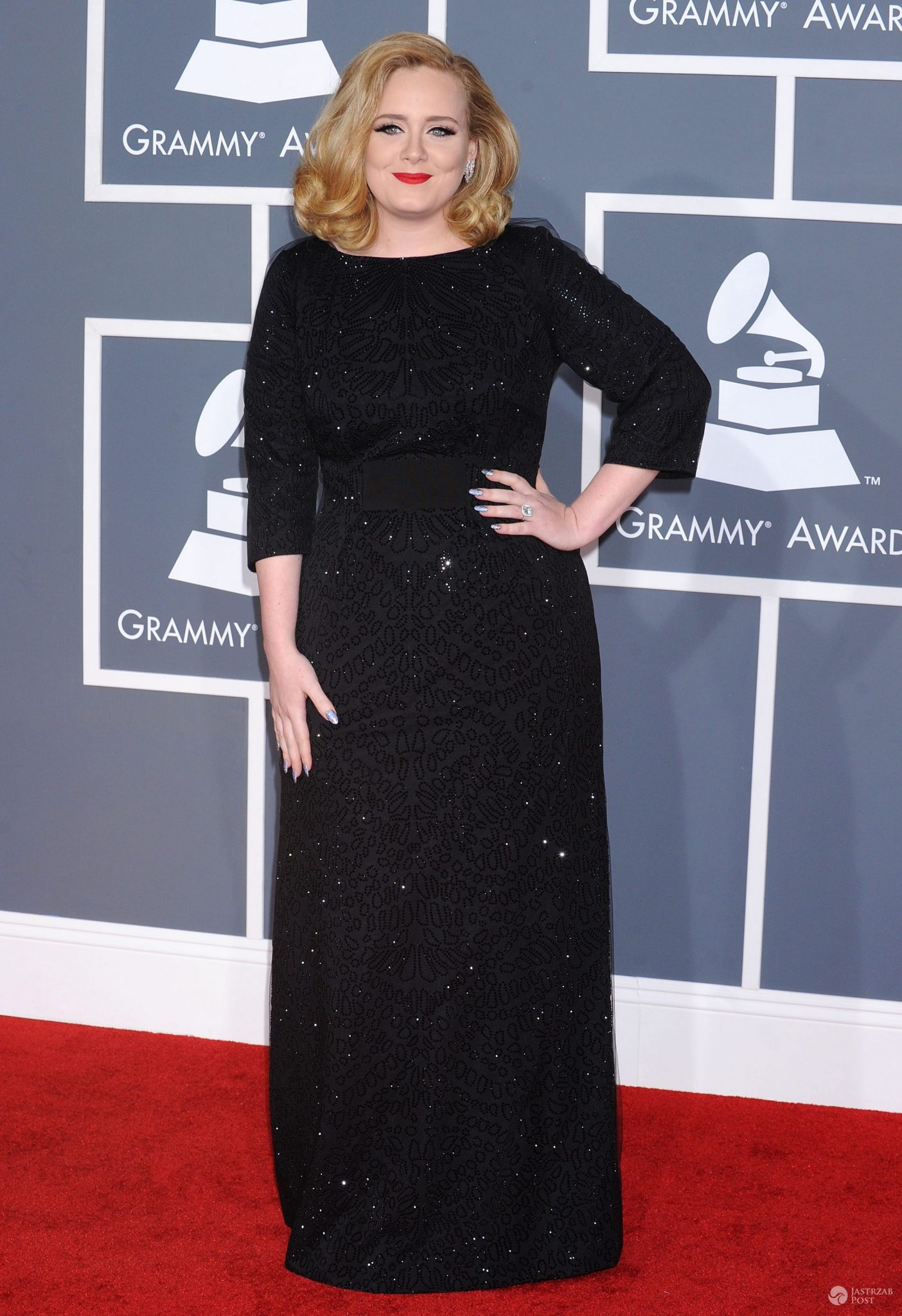 Adele (w sukni Giorgio Armani), Grammy 2012 (fot. ONS)