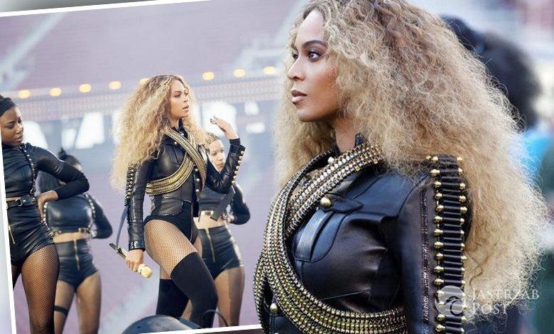 Beyonce w kostiumie Dsquared2 na Super Bowl 2016 (fot. Instagram)