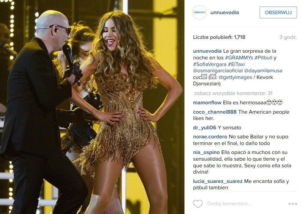 Sofia Vergara (jako Jennifer Lopez) i Pitbull (fot. Instagram)