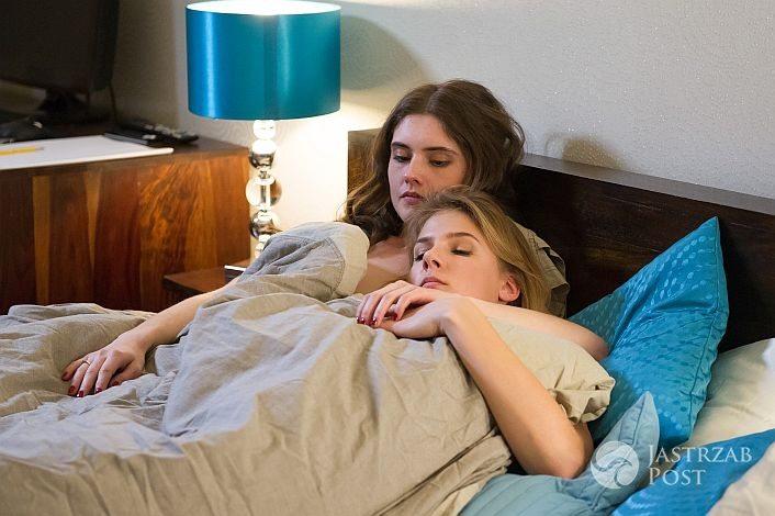 Na Wspólnej odcinek 2247, Ola (Marta Wierzbicka), Klaudia (Julia Trembecka), fot: x-news