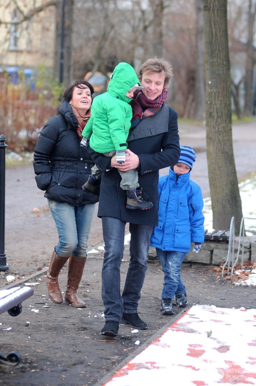 Piotr Kupicha z byłą żoną i dziećmi