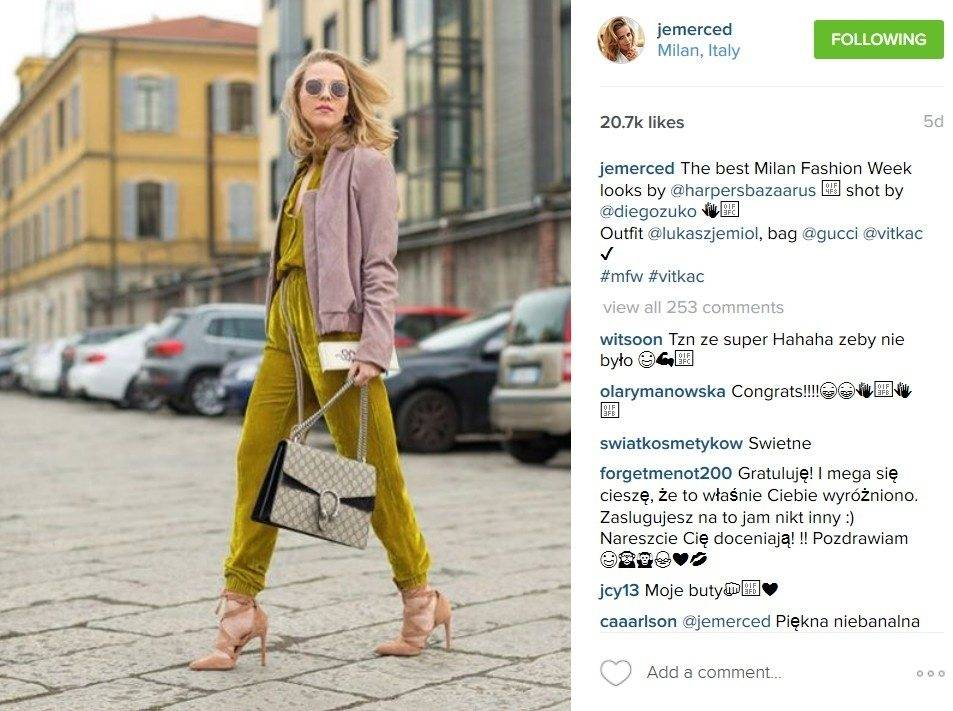 """Jessica Mercedes na Milan Fashion Week. Tę stylizację zauważył amerykański """"Harper's Bazaar"""" (fot. Instagram)"""