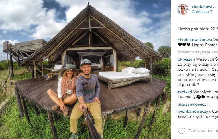 Wielkanoc gwiazd 2016: Ewa Chodakowska z mężem w Kenii