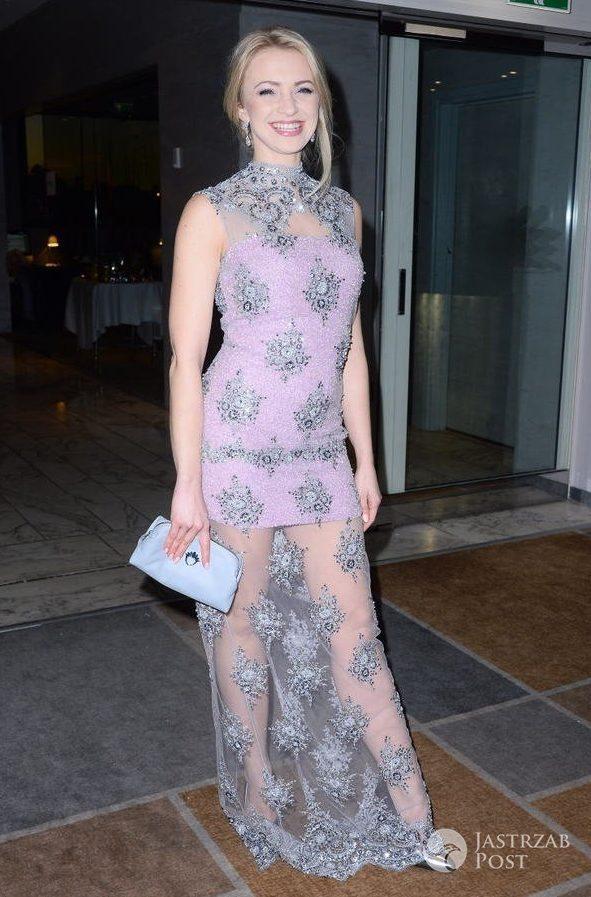 Sukienka: Tomaotomo, buty: Wojas. Basia Kurdej-Szatan na Balu Gwiazdy Dobroczynności 2016 (fot. AKPA)