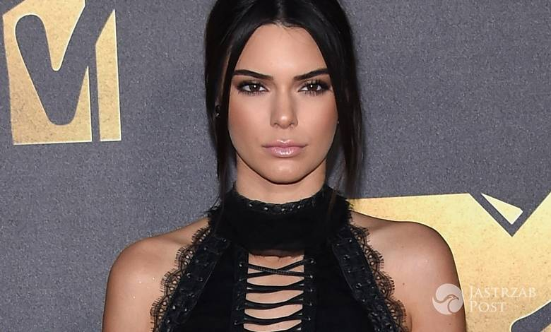 Buty Kendall Jenner zrobiły furorę na gali MTV Movie Awards 2016 (fot. ONS)