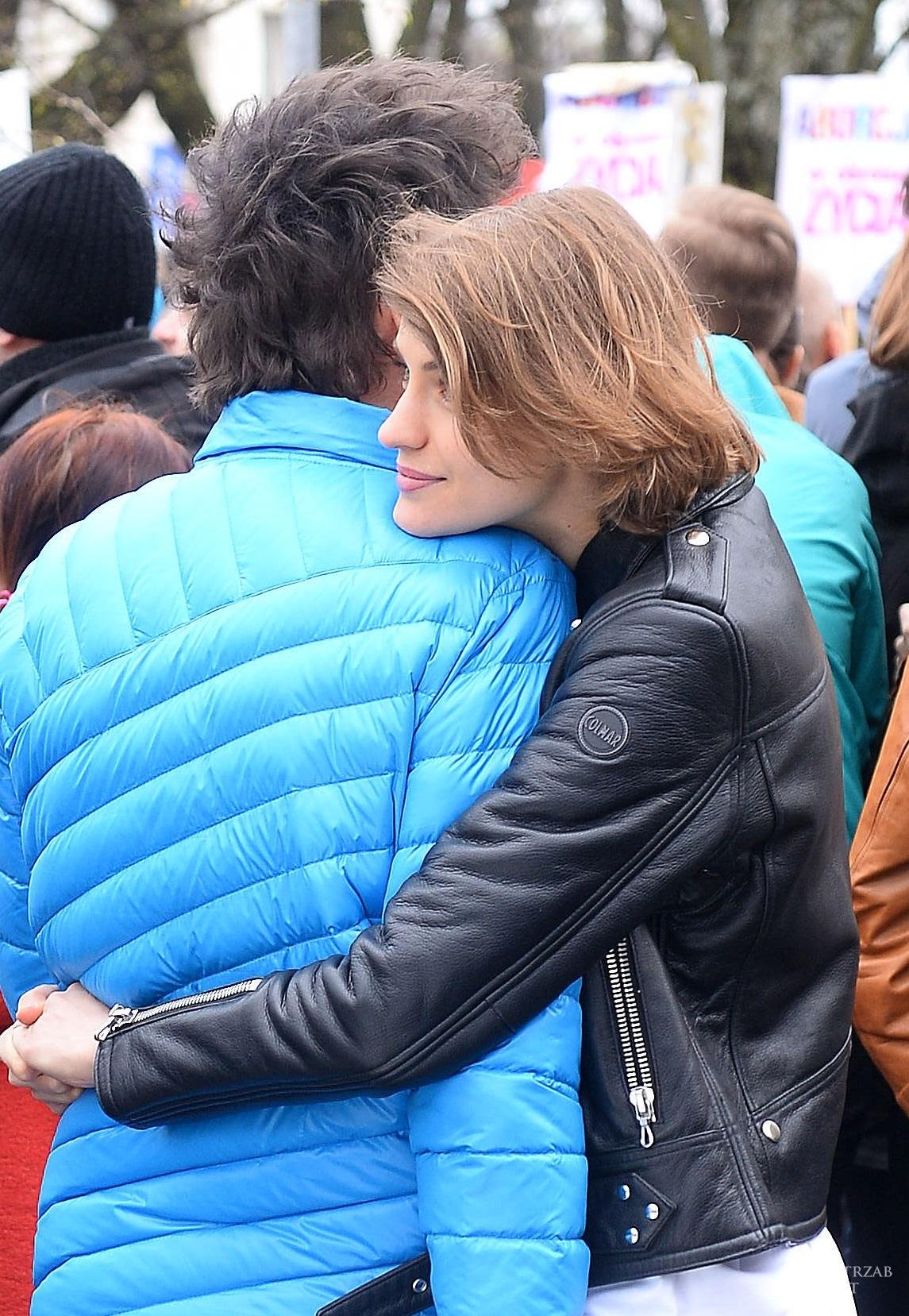 Kuba Wojewodzki i Renata Kaczoruk na proteście przeciwko zaostrzeniu ustawy antyaborcyjnej