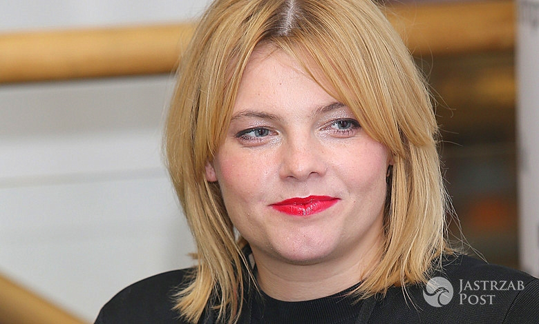Ania Dąbrowska na promocji swojej najnowszej płyty Dla naiwnych marzycieli