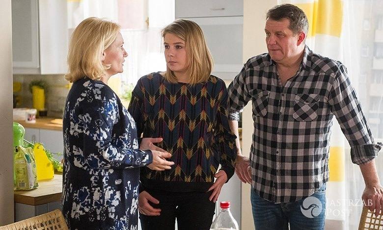 Na Wspólnej odcinek 2264, Ola (Marta Wierzbicka) ukrywa przed rodzicami swój romans z Klaudią