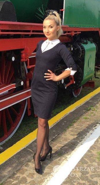 Cleo w sukience projektu Walerii Tokarzewskiej-Karaszewicz (fot. Jastrząb Post)