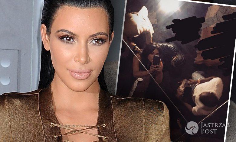 Kim Kardashian w kreacji Balmain na MET Gala 2016