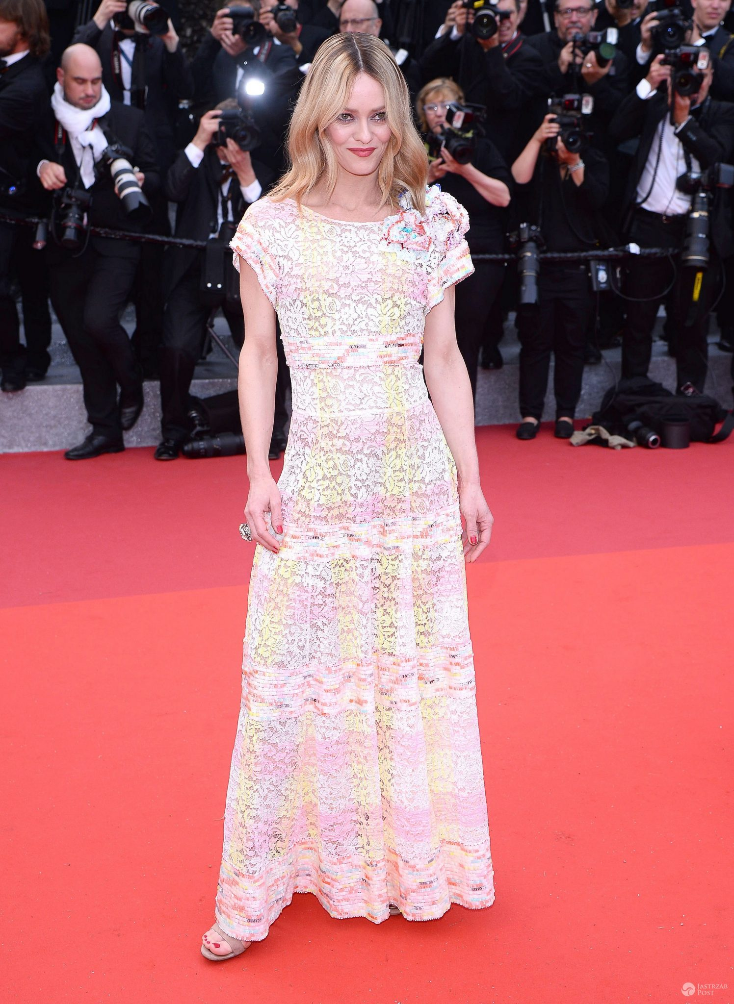Gala otwarcia Cannes 2016: Vanessa Paradis. Kreacja: Chanel (fot. ONS)
