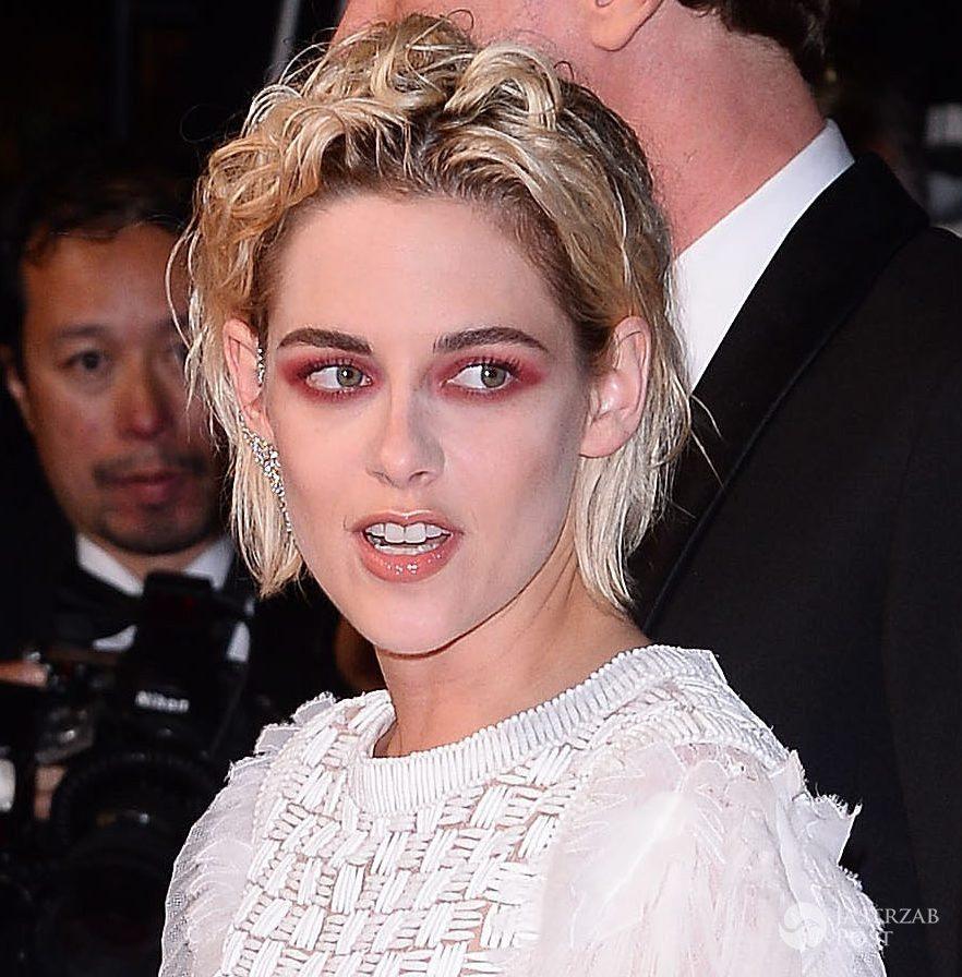 """Sukienka: Chanel. Kristen Stewart na premierze filmu """"Personal Shopper"""", festiwal w Cannes 2016 (fot. ONS)"""