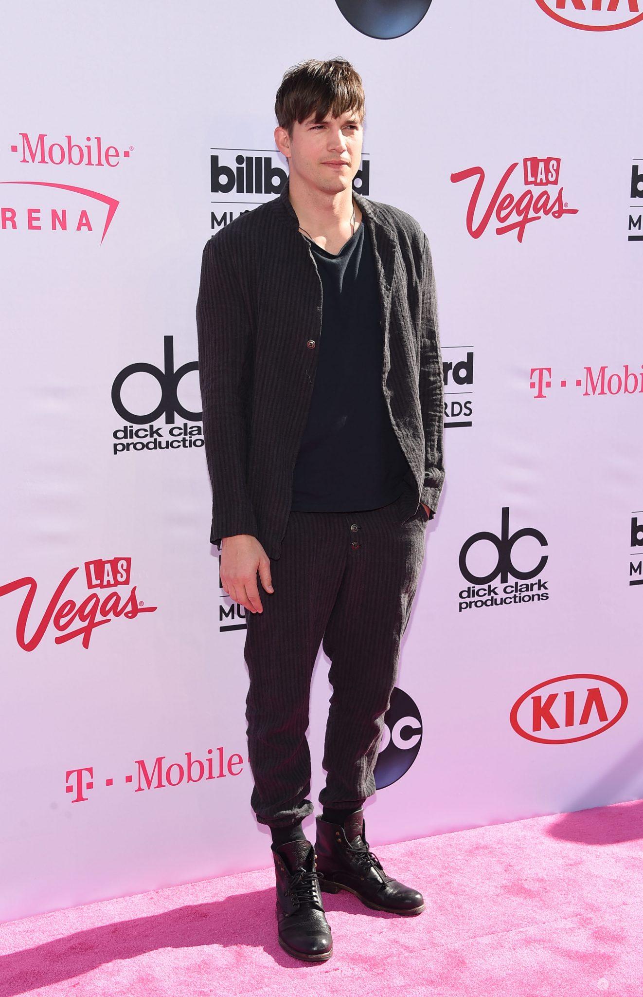 Ashton Kutcher - Billboard Music Awards 2016