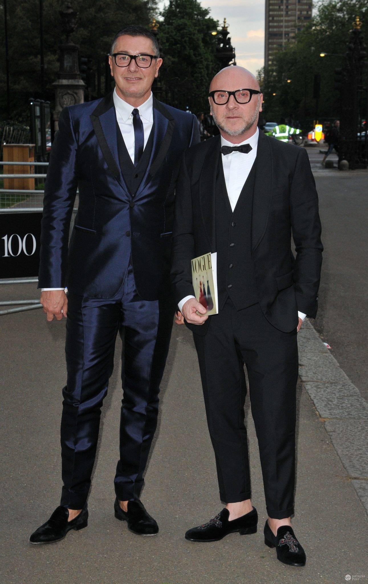 """Stefano Gabbana i Domenico Dolce, gala z okazji 100 lat brytyjskiej edycji magazynu """"Vogue"""" (fot. ONS)"""