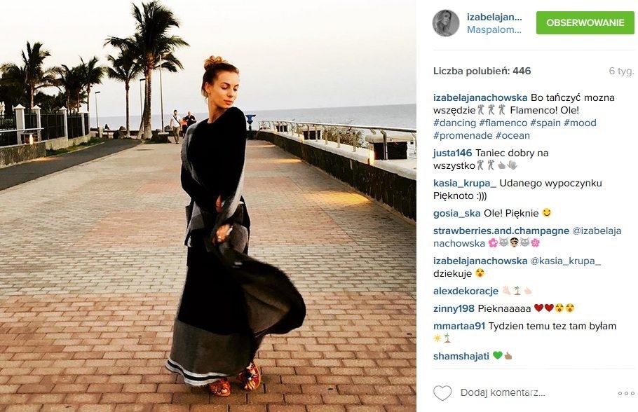 Izabela Janachowska w butach z minipomponami (fot. Instagram)